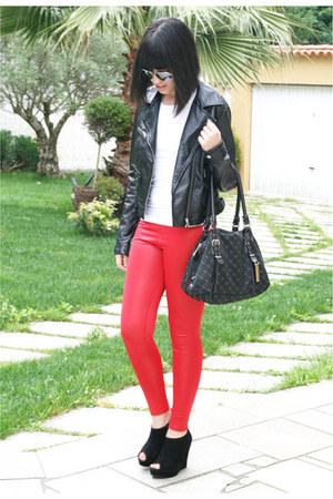 black H&M jacket - red Bershka leggings - black Tommy Hilfiger bag - black BLANC