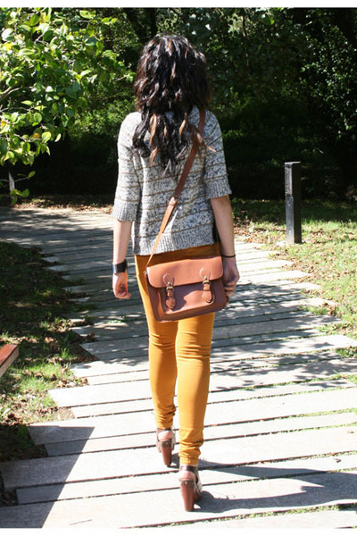 mustard pull&bear jeans - burnt orange Bershka bag - white Zara jumper