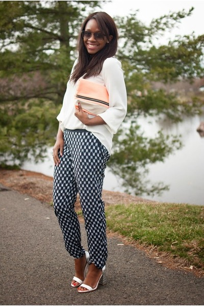 navy printed H&M pants - peach clutch H&M bag - white metallic shoemint heels