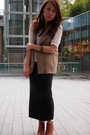 charcoal gray Club Monaco skirt - tawny Rachel Comey boots