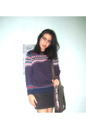 navajo unbranded sweater - black Gaudi skirt
