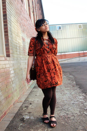 dark brown H&M leggings - burnt orange batik Local dress
