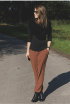 brown H&M pants - black vintage boots - black Zara top