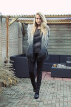 black ankle boots van haren boots - charcoal gray faux fur Vero Moda coat