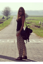 camel snake skin H&M pants - black backpack vintage bag - black Primark sandals