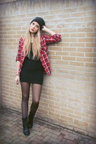 ruby red checkered Fashion State of Mind blouse - black biker Axi Schoen boots