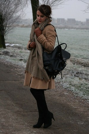 camel H&M coat - camel Zara scarf - dark brown H&M gloves - black Primark boots