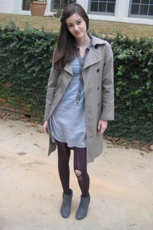 gray dress - beige Gap jacket - purple tights - gray boots