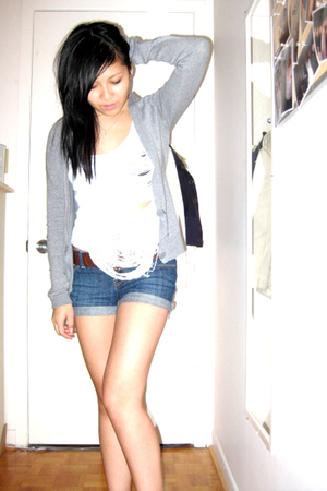 DIY top - Talula sweater - forever 21 shorts - H&M belt - Nude heart charm purse