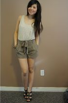 f21 shirt - f21 shorts - Michael Kors shoes - wilfred bra