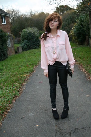 light pink vintage blouse - black Topshop pants - black new look shoes - gold Do