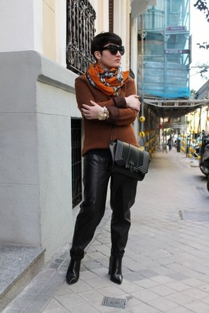 COS jumper - Zara boots - Zara scarf - H&amp;M pants