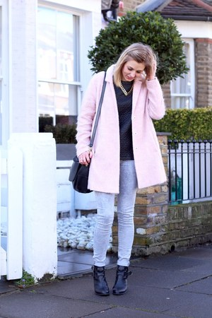 pink fluffy Topshop coat - grey mottle Topshop jeans