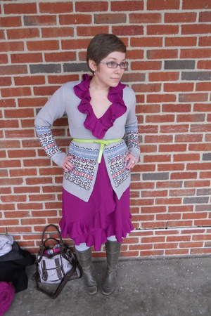 charcoal gray ecco boots - magenta merona dress - heather gray BDG sweater - hea