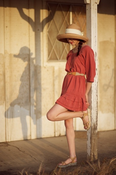 brick red Alyssa Nicole dress - light brown white ribbon hat - bronze platform U