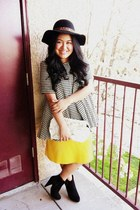 Santee Alley boots - houndstooth Forever 21 coat - Forever 21 hat