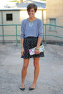 Heather-gray-american-apparel-shirt-black-polka-dot-skirt-black-flats