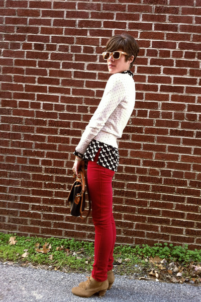 black vintage blouse - light brown H by Hudson boots - ruby red jeans