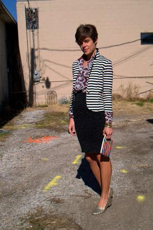 black skirt - white olsenboye blazer - maroon vintage blouse