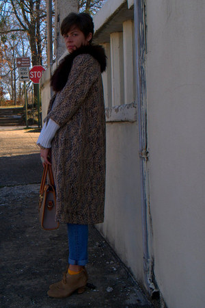 neutral leopard coat - light brown H by Hudson boots - Gap jeans - white sweater