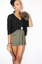 fur hat - knitted papaya shirt - leather vintage wallet
