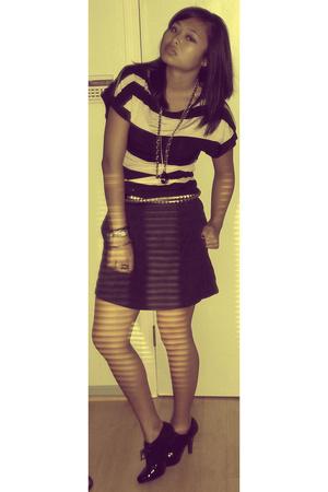 Zara top - Richard Chai for Target skirt - Metropark belt - payless shoes