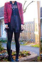 red thrift blazer - black thrift shirt - black Forever21 boots - black zipia leg