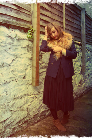 navy vintage blazer - dark brown Primark boots - black midi vintage skirt