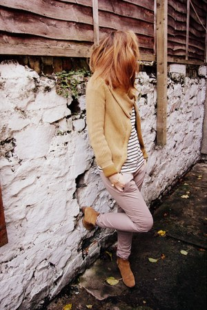 Gap pants - Clarks boots - Gap top - Gap cardigan