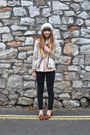 Black-gap-jeans-beige-cashmere-crumpet-jacket-brown-topshop-loafers