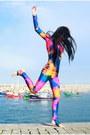 Black-wig-wonderland-wigs-hat-blue-splash-unitard-we-love-colors-bodysuit