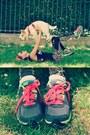 Black-leopard-print-h-m-leggings-chartreuse-nike-sneakers