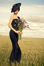 Black-oasap-dress-black-biliana-borissova-hat-mustard-thallo-ring
