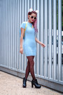 Black-alpe-boots-light-blue-motel-rocks-dress
