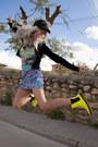 Sheinside-boots-motel-rocks-bodysuit-estela-balan-skirt