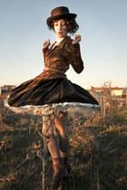 dark brown thrifted skirt - brown Vogue boots - dark brown el corte ingles hat