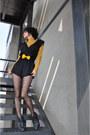 Yellow-motivos-tie-black-area-code-jumper-mustard-gift-blouse-dark-gray-di
