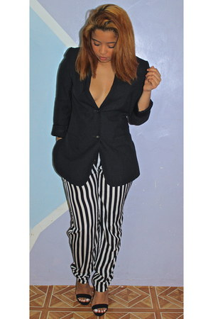 black crossroad trading blazer - white Sheinside pants