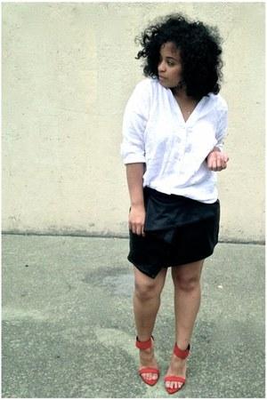 black Lulus skirt - white Zara shirt - red Zara heels