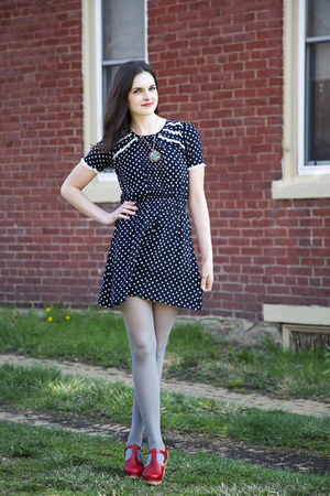 navy polka dotted modcloth dress - heather gray modcloth tights - red leather Sw