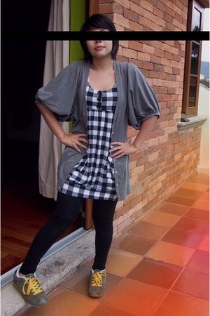 Stradivarius sweater - forever 21 dress - Zara leggings - DVS shoes