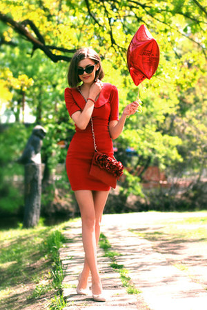 red asos dress - red aston rimell bag - light pink H&amp;M flats