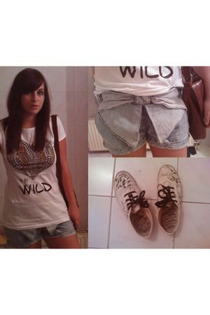 brown Wallis bag - white Stradivarius t-shirt - gray Zara shorts - white Borovo