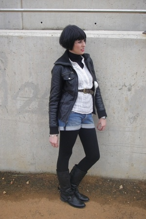 Stradivarius jacket - pull&amp;bear boots - Newlook blouse - vintage shorts