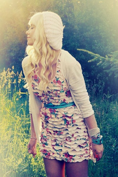 light pink hat - eggshell dress - off white sweater