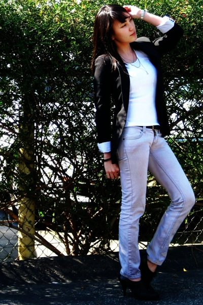 Zara blazer - redhead from Robinsons Galleria - coach belt - F&H jeans - - acces