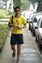 Oz t-shirt - Tommy Hilfiger shorts - Vans shoes - Adidas Candy accessories - Fro
