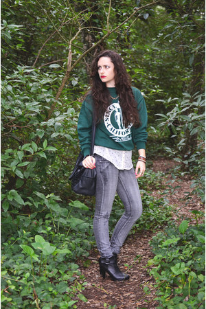 forest green ONeill sweater - black Stradivarius boots