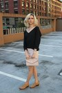 Frye-boots-h-m-bag-talula-skirt-tna-sweatshirt