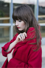 Black-roland-boots-red-chicwish-coat-black-h-m-shirt